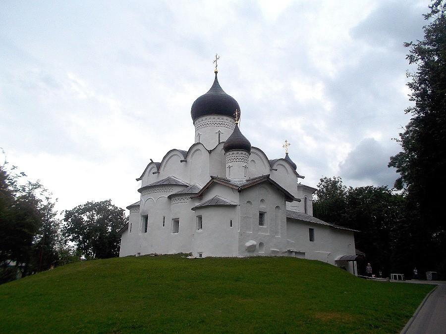 Церковь Василия на Горке фотографии