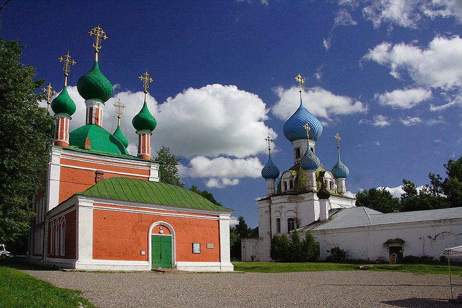 Ансамбль Владимирского собора и церкви Александра Невского фото