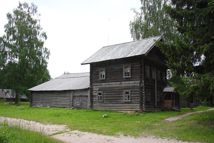 Дом-трактир фотографии