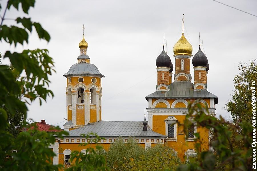 Николо-Набережная церковь фото