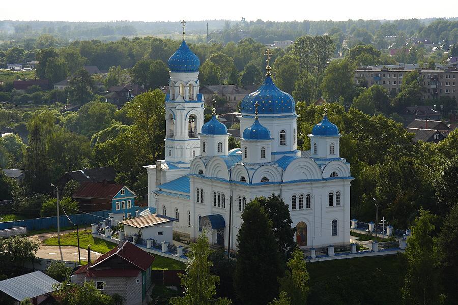 Михайло-Архангельский храм фотографии