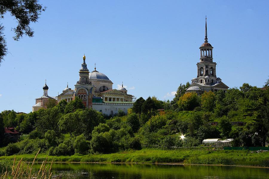 Новоторжский Борисоглебский монастырь фотографии