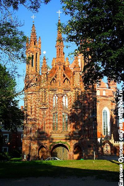 Костел Святой Анны фото