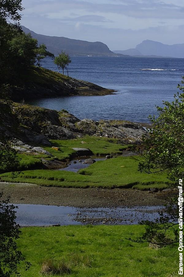 Маленький остров Svanoy или Остров невезения