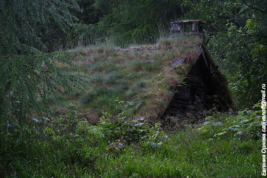 Олесунн закатный и дождливый, а также про избушки 17 века