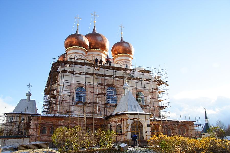 Валдайский Иверский Святоозерский Богородицкий монастырь фотографии