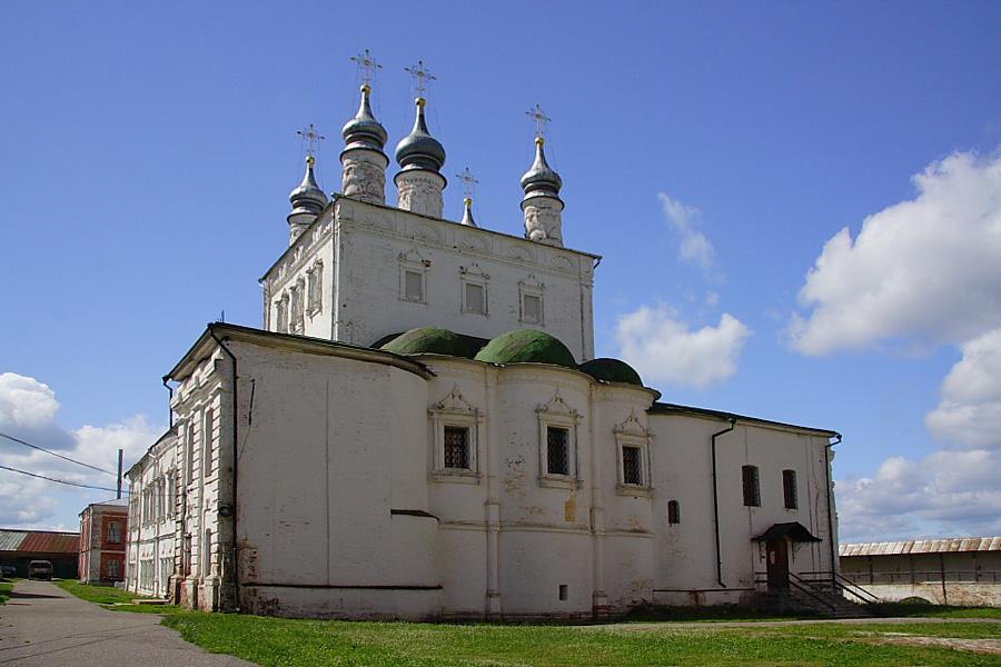 церковь Всех Святых с Трапезной палатой  в Горицком монастыре Переславль-Залесский фотографии