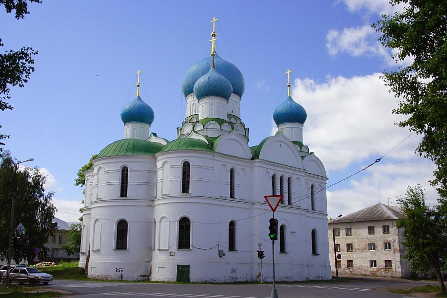 Богоявленский монастырь фото
