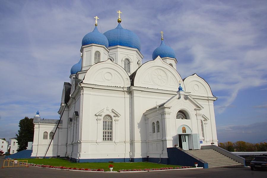 Боголюбский собор фото
