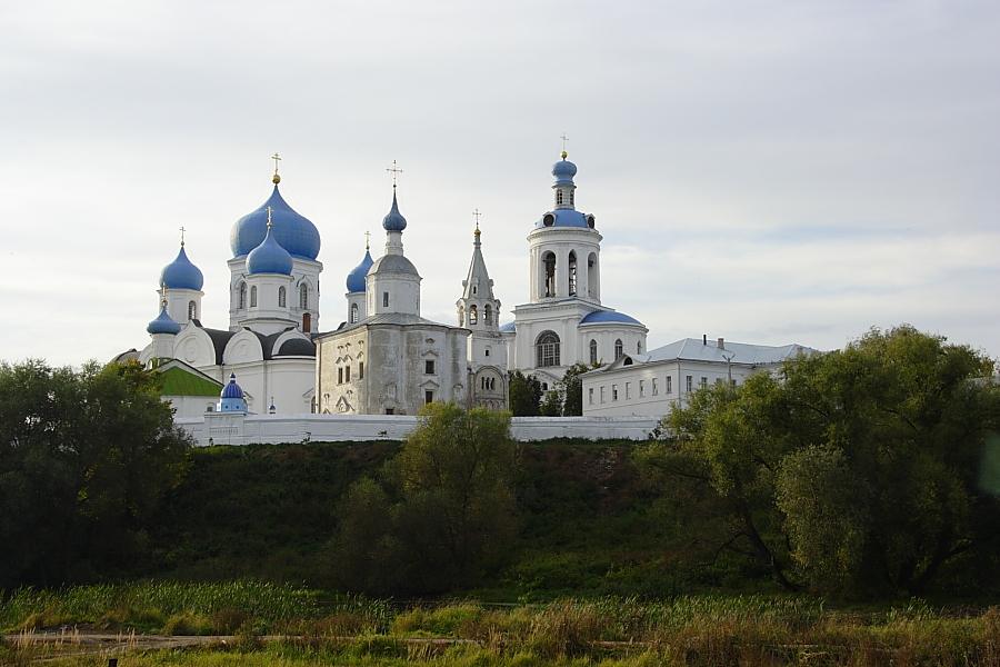 Свято-Боголюбский монастырь фото