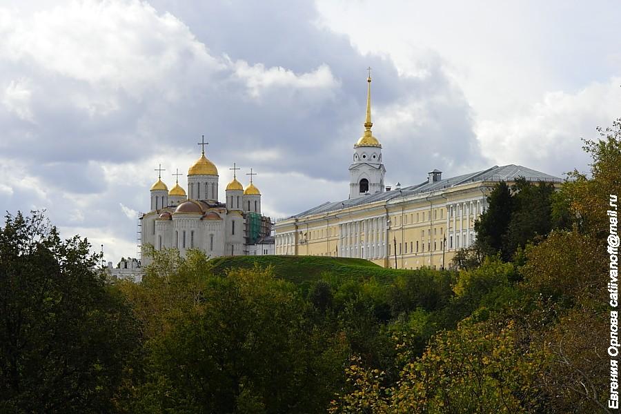 Здание присутственных мест (Палаты) во Владимире фото