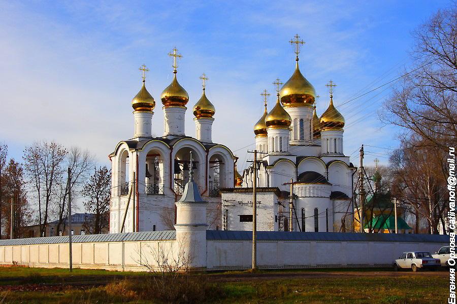 Церковь Сергия Радонежского в настоятельском корпусе Свято-Никольский монастырь Переславль-Залесский фотографии