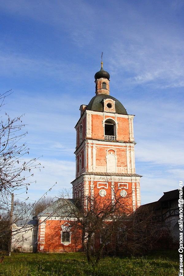 церковь Богоявления с колокольней в Горицком монастыре Переславль-Залесский фотографии