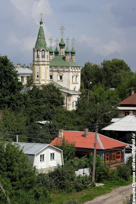 Церковь Живоначальной Троицы фотографии