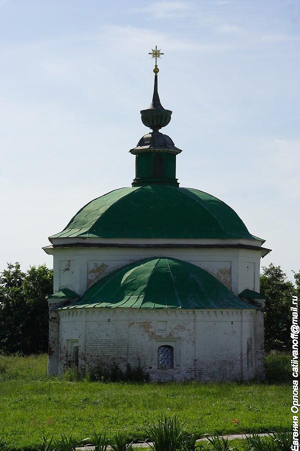 Пятницкая церковь в Суздале фотографии
