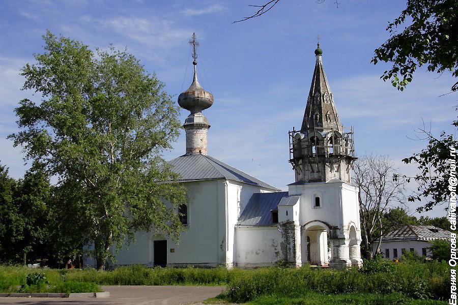 Церковь Усекновения Главы Иоанна Предтечи в Суздале фотографии