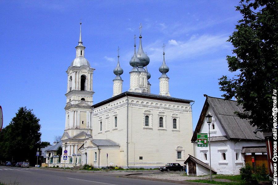Смоленская церковь и Церковь Симеона Столпника в Суздале фотографии