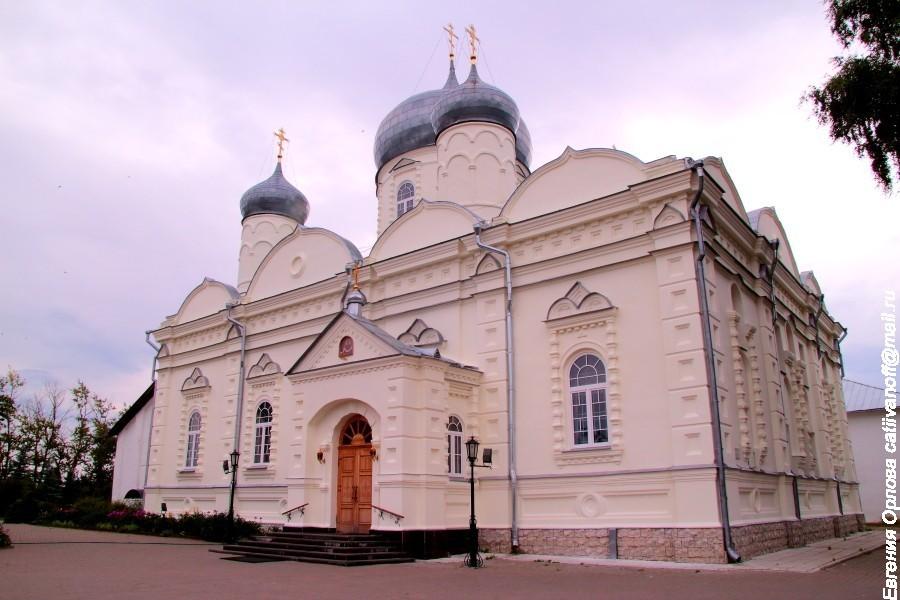 Зверин (Покровский) монастырь